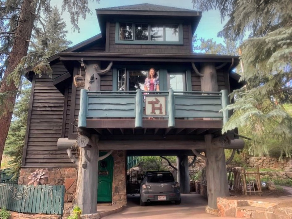 Romantic Luxury Treehouse in Colorado Rocky Mountains - Highland Haven Creekside Inn
